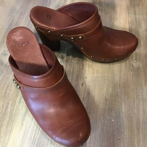 UGG Leather Clog Heels Like New Shearling Studs